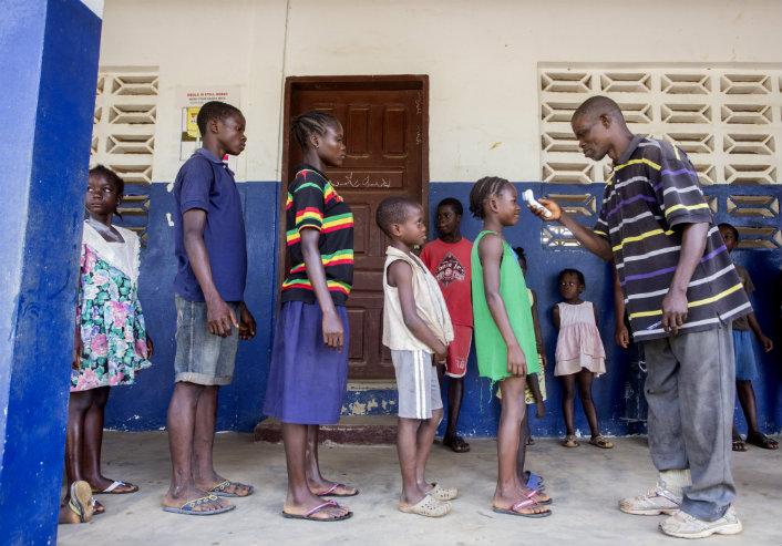 Ebola_PHOTONEWS